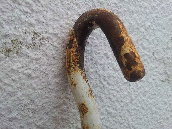 Hierro oxidado a la intemperie