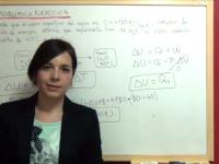 calor específico del agua y cálculo de la variación de energía interna