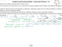 Reacción redox entre el sulfuro de cobre (II) y el ácido nítrico