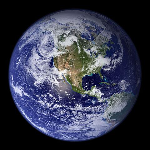 Imagen completa del planeta Tierra