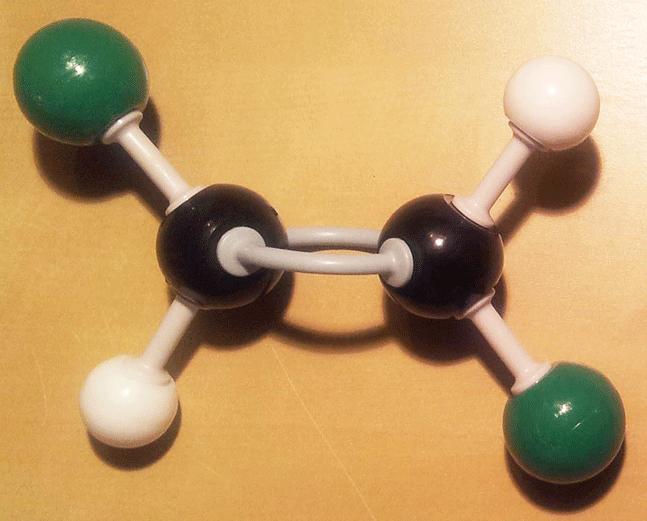 Modelo molecular de la molécula de trans 1,2-dicloroeteno