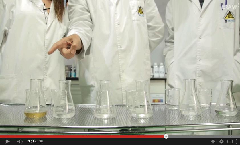 Cinética química: a menor concentración menor velocidad de reacción