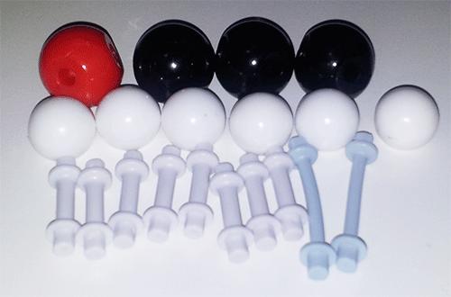 Átomos para moléculas de fórmula C3H6O