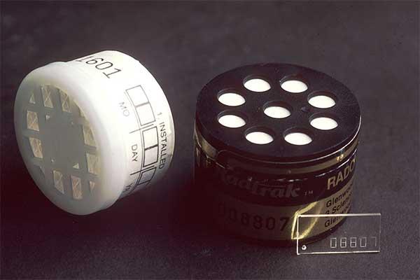 Kit para la detección de gas radón